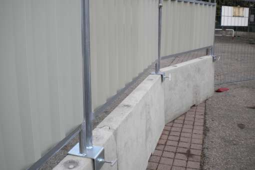 Heras mobile fencing  Ive 6157 Anti Lift Strip