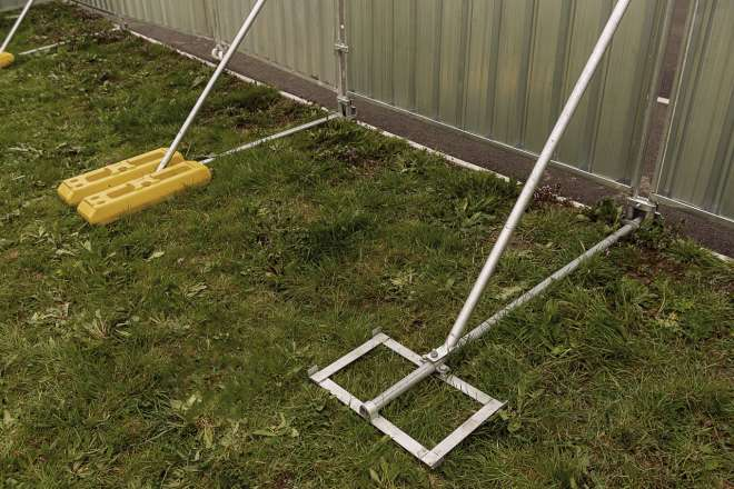 Heras fencing Ive 5904 Stormguard Stability System
